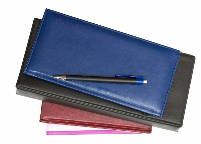1987656-organizers-and-pen-isolated-on-a-white-background